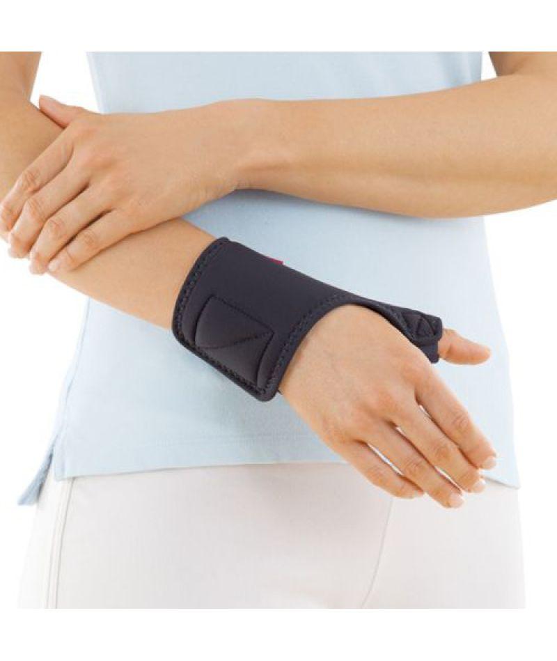 Шина на большой палец кисти Medi thumb support