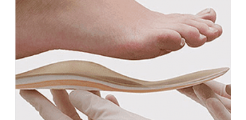 Эффективный метод лечения плоскостопия: стельки в обувь